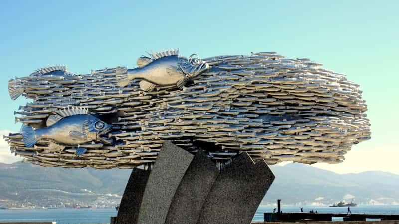 Памятник Хамсе в Новороссийске