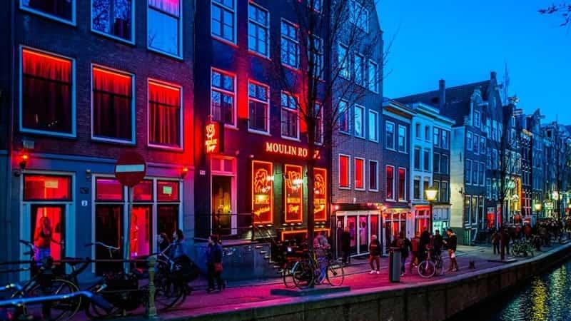 Улица красных фонарей Амстердам