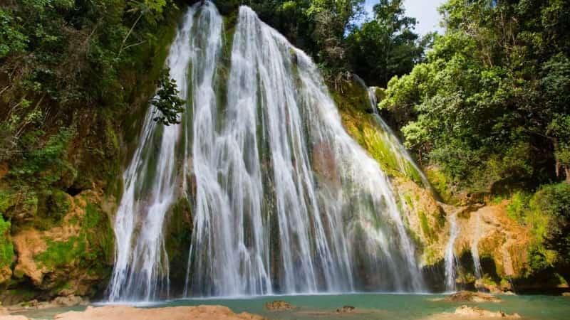 Водопад Эль лимон Доминикана