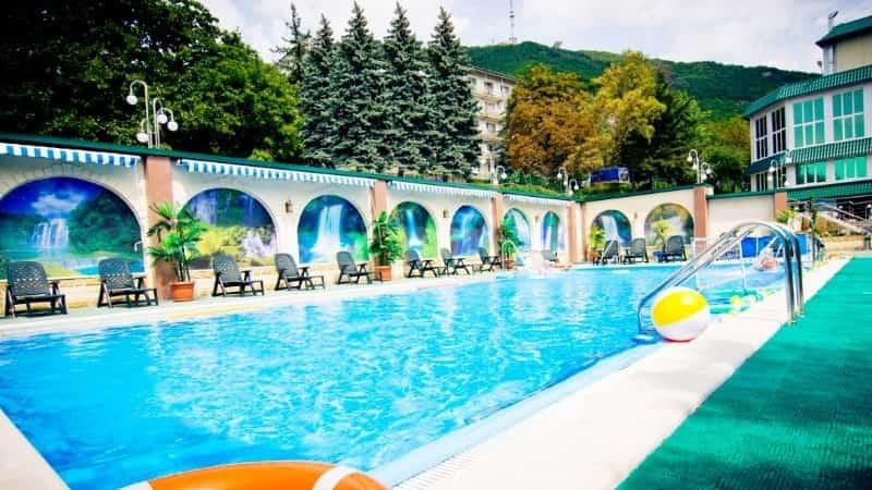 Пятигорский Нарзан бассейн