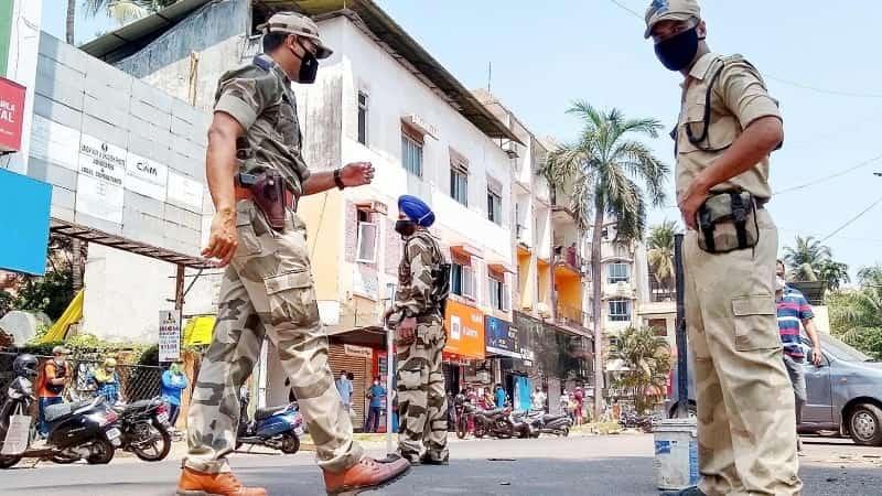 Индия карантин патрули на улицах