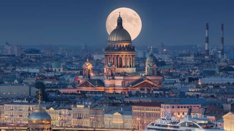 Самые красивые города в России