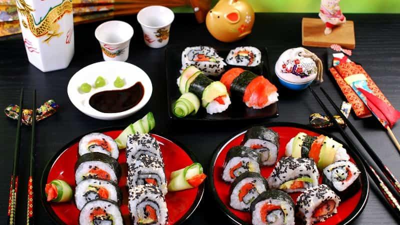 Суши в Японии фото