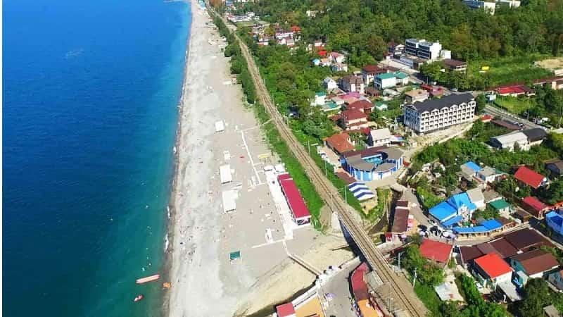 Лоо (посёлок) фото пляжа