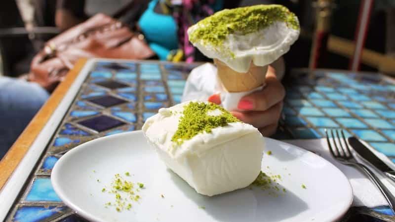 Турецкое мороженое дондурма фото