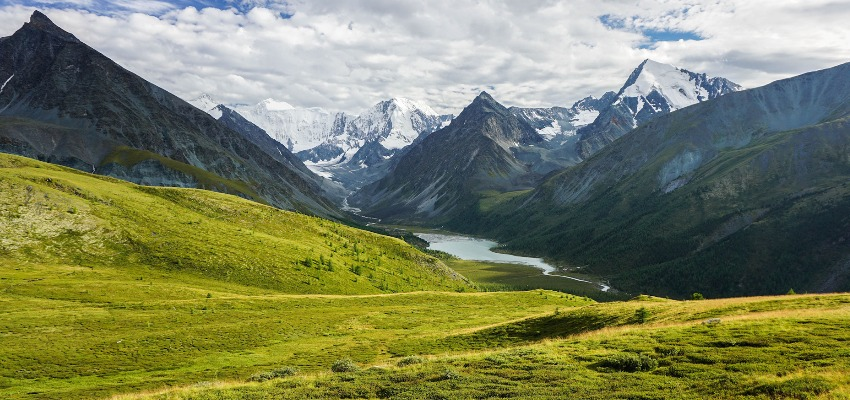 Гора Белуха горный Алтай фото