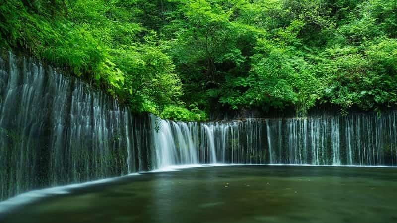 Водопад Шираито Япония