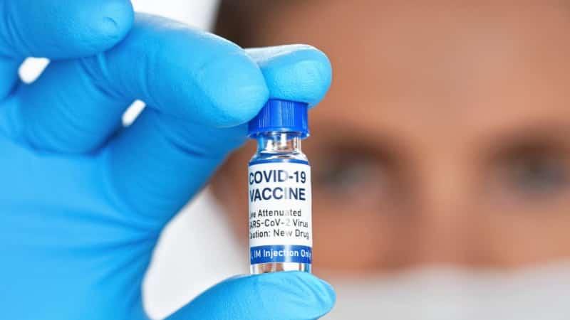 Вакцина от коронавируса для туристов